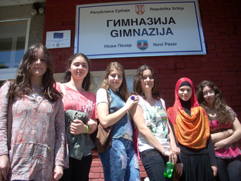 Bosniak students at a pilot high school in Novi Pazar say they have no problem with their Serb compatriots but still welcome the chance to learn about their own history in more depth. Photo by Uffe Andersen.