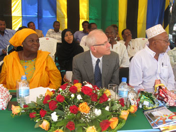 Pilli Dumea, Executive Secretary, Children's Book Project for Tanzania, Robert Orr, Canadian High Commissioner, and Abdullah Saiwaad, Chair of the Board, Children's Book Project for Tanzania