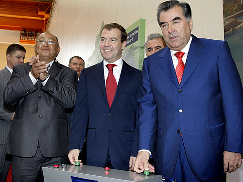 The Russian and Tajik presidents Dmitry Medvedev and Emomalii Rahmon simultaneously pushing the symbolic start buttons during the commissioning ceremony of the Sangtuda 1 Hydroelectric Power Plant in Tajikistan. This image is available under a Creative Commons Attribution 3.0 Updated license and was provided by the Russian Presidential Press and Information Office.